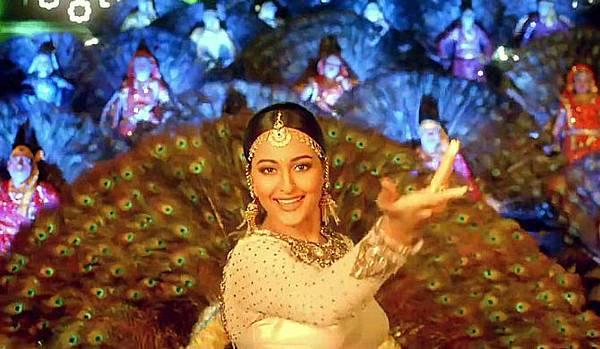 lltunkgfw4ukconj.D.0.Sonakshi-Sinha-Tevar-Movie-Song-Photo