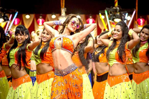 malaika-arora-khan-s-item-number-in-dolly-ki-doli_140558331010