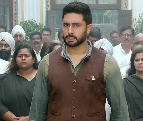 abhishek-bachchan-in-all-is-well_143580950810
