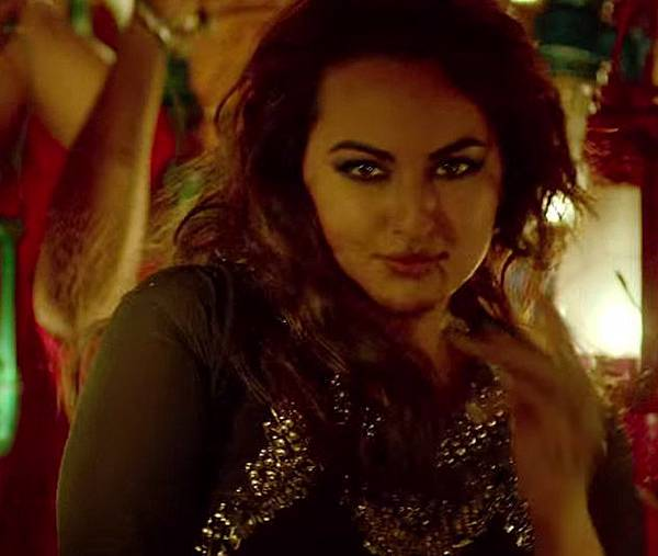 sonakshi-sinha-item-song-in-all-is-well_143580950800