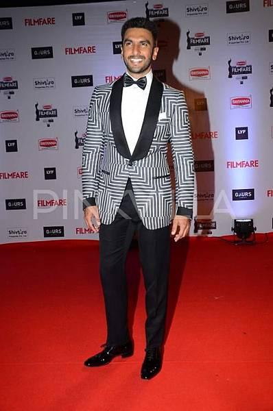 Ranveer-Singh-Filmfare-Awards (7)