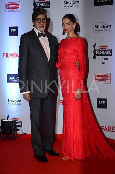 Deepika-Padukone-Filmfare-Awards-2016 (10)