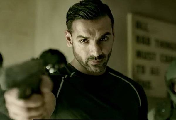 john-abraham-in-dishoom_1464782693110