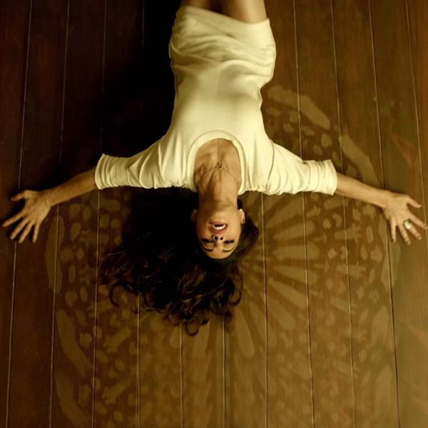 jacqueline-fernandez-dance-moves-in-dishoom_146614286730