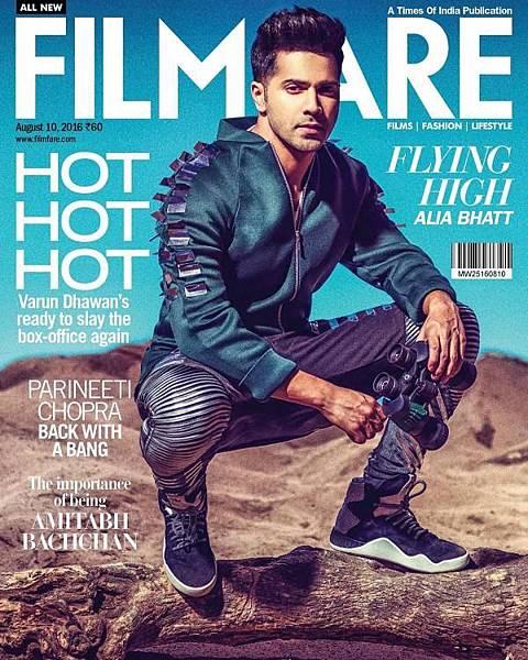 Varun Cool-Dude Swag Lights Up Filmfare