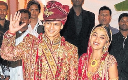 Vivek-Oberoi-Wedding-photo-3.jpg