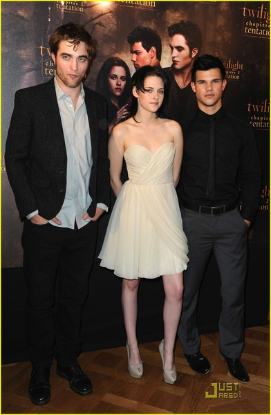 taylor-lautner-robert-pattinson-costes-01.jpg