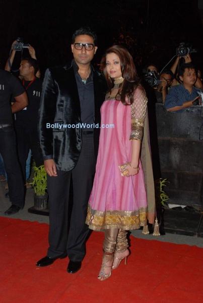 Aishwarya-Rai-and-Abhishek-Bachchan-475x707.jpg