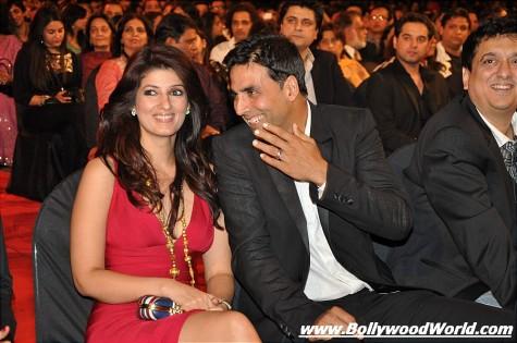 Bollywood-stars-at-Stardust-Awards-2010-009-475x315.jpg
