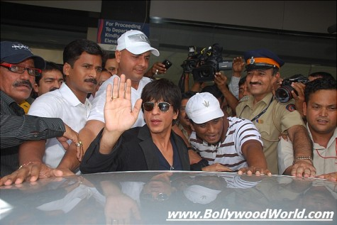 shahrukh_khan_mumbai_airport_security-475x317.jpg