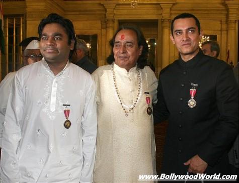 Padma-Bhushan-awards-2010-003-475x364.jpg