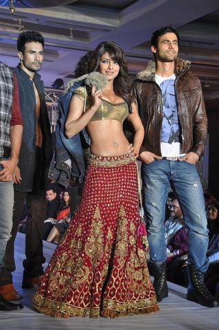 Priyanka_Chopra_21Sep2010A.JPG
