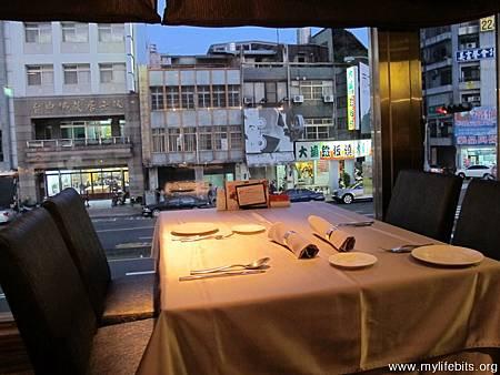 「王品牛排創始店」台中文心店