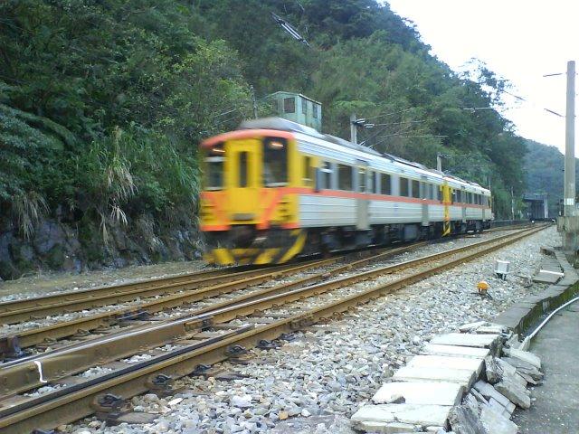 這火車好短