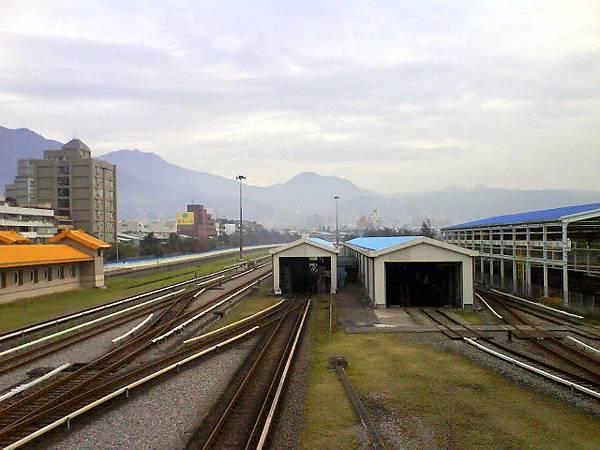 捷運復興崗站