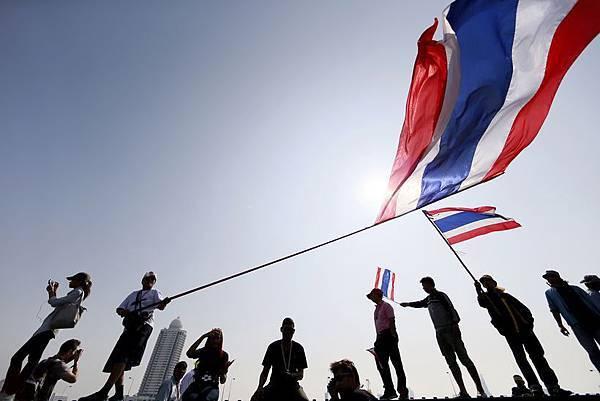 2014011213-01-Thailand-Politics_Yen-2