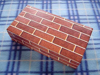 裝可愛Lisa送我的貼皮空心磚