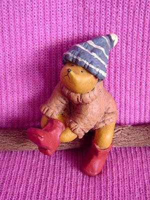 Bear&ME系列(英代理商),戴捲毛帽的男孩(Boy with Wooly Hat)