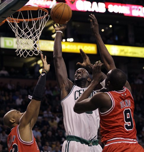 91659_Bulls_Celtics_Basketball.jpg