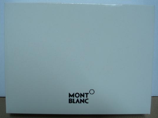 J 的Mont Blanc 03_內紙盒.JPG