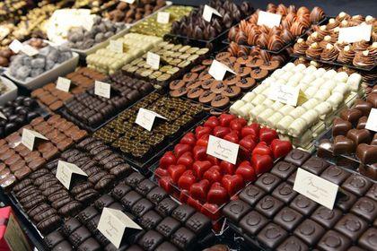 吃大量巧克力能保苗條