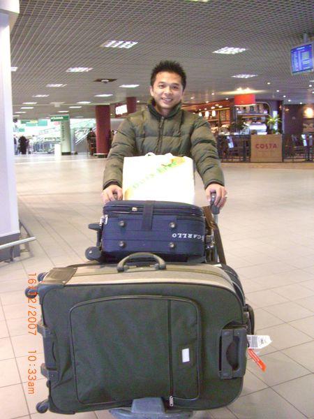 終於回到伯明罕機場囉!.JPG