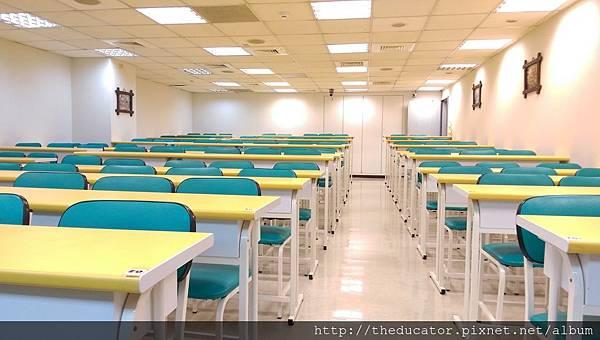 教室B1.jpg