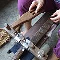 用來使草鞋緊密的耙子和木板