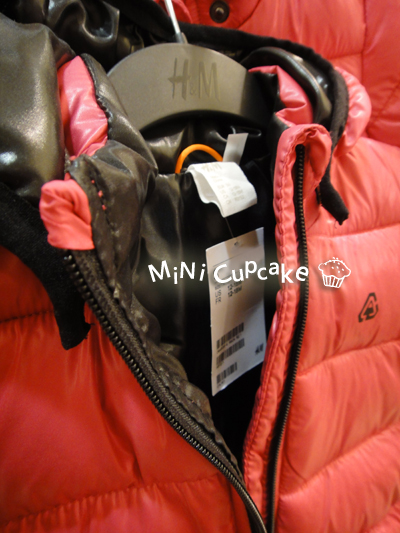 桃紅色羽絨外套3.jpg