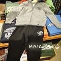 SET A:黑R灰色連帽外套+黑色棉褲