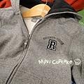 黑R灰色連帽外套