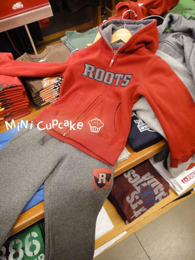 SET C:灰logo紅色連帽外套(fleece材質)+紅R灰色棉褲