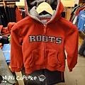 灰logo紅色連帽外套(fleece材質)