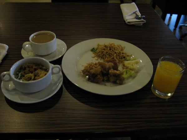 難得悠閒的早餐