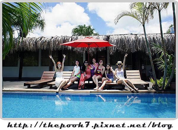villa-girls.jpg