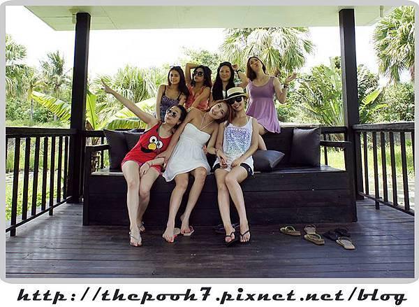 villa-girls2.jpg