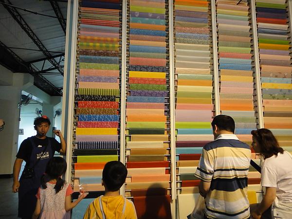 紙廠所生產的各式各樣特別的紙張