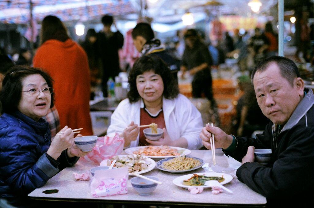 萬里港吃飯