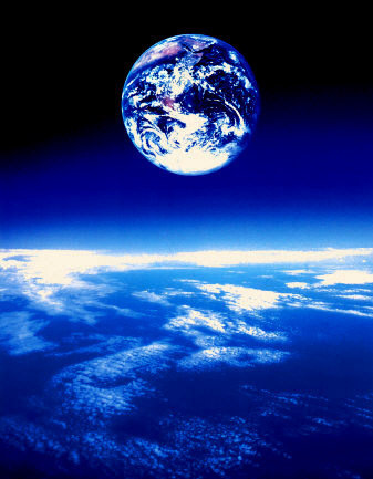 af433~The-Earth-Posters.jpg