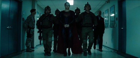 Man-of-Steel-Trailer-Images-Superman-in-Handcuffs-570x237.jpg