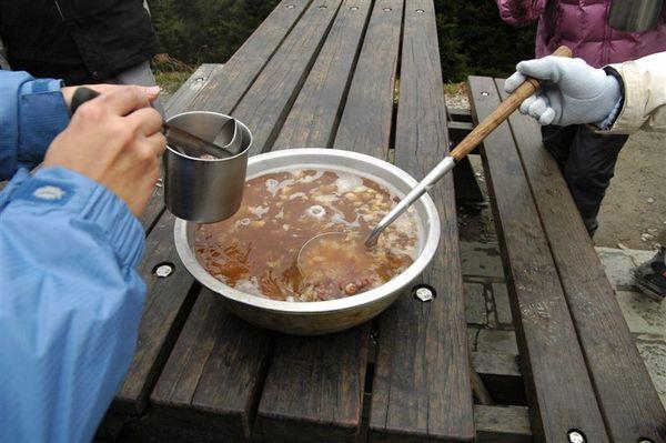 終於有熱湯可以喝了