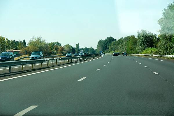 超級平整的高速公路