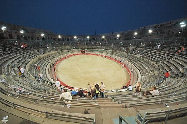 夜闖羅馬競技場