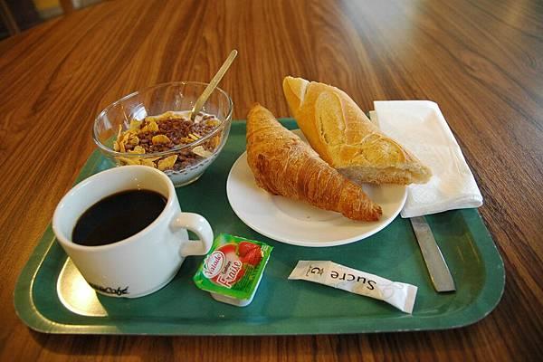 Day2住宿-台幣280元的早餐