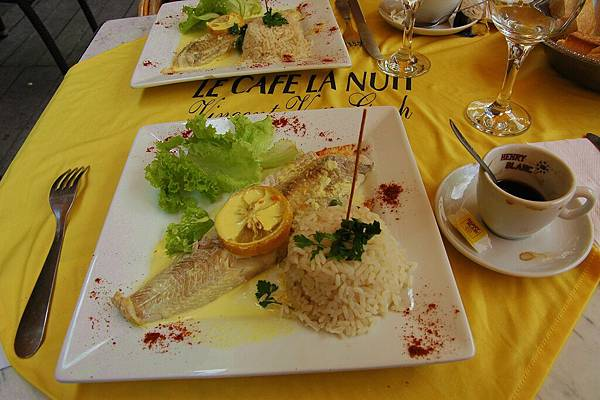 黃屋的午餐:隆河魚排