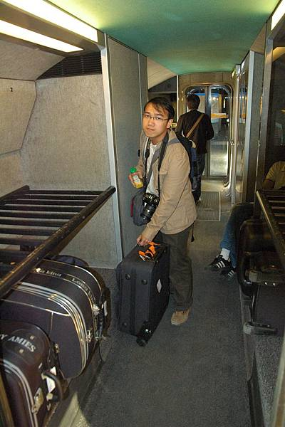TGV上放行李