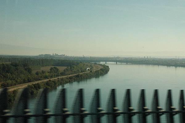 TGV沿途的景色