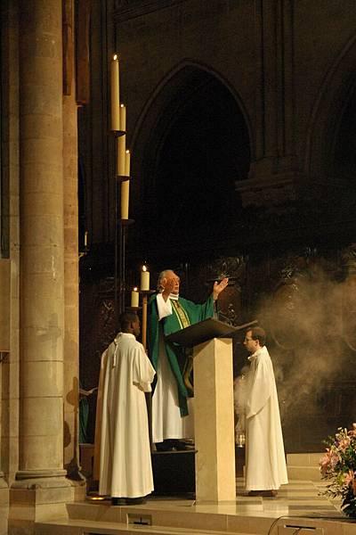 聖母院彌撒