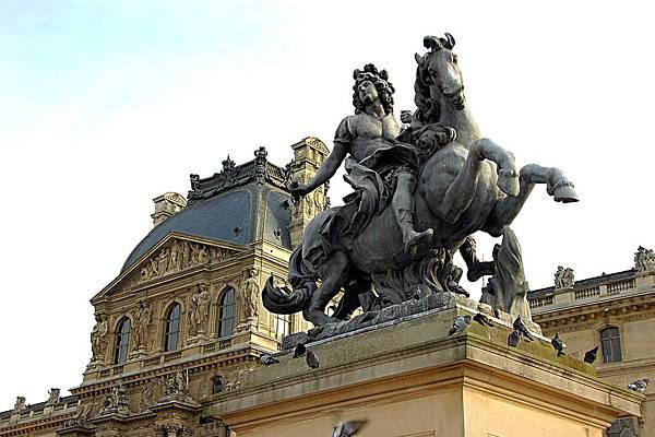 羅浮宮-路易14騎馬的英姿
