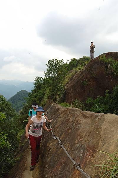險峻的稜線